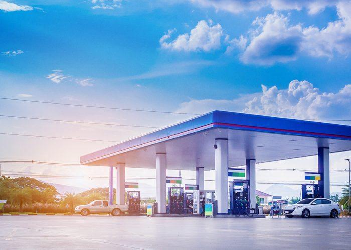 Vantagens da energia solar para postos de gasolina